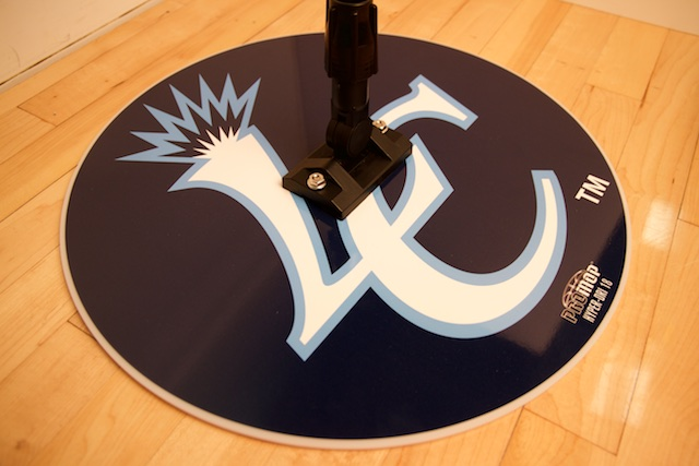LC - HYPER-DRI 18 BASKETBALL/VOLLEYBALL SWEAT MOP - ROUND CUSTOM MOP USED BY 26-30 NBA TEAMS